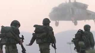 army_photos_0011_Layer 11
